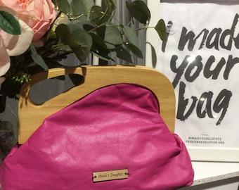 Clutch, handbag, evening bag, pink leather, asymmetrical wooden handle, magnetic closure