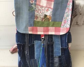 Backpack, shoulder bag, messenger bag, upcycled fabrics, denim and linen, adjustable straps, adjustable sides, magnetic closure, blue