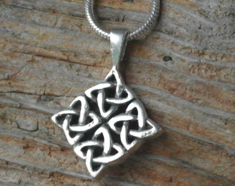 Vintage Sterling Silver Celtic Knot / Twist Pendant / Necklace