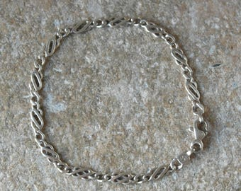 Vintage Sterling Silver Celtic Knot / twist Style Panel Bracelet