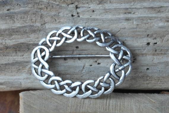 Ladies Rennie Mackintosh Style Celtic Sterling Silver Emerald Clip Bangle