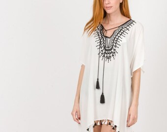 168c2b73e578ce Poncho Knitted details embroidery Neck & Tassels,short kaftan,Hippie  Viscose Blouse,Beach Sundress,Beach Cover Up,Beach Wear,Boho Poncho
