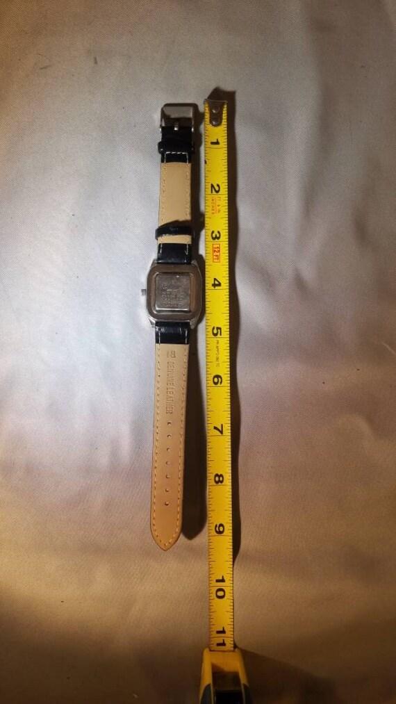 Vintage Seiko Wristwatch - image 8