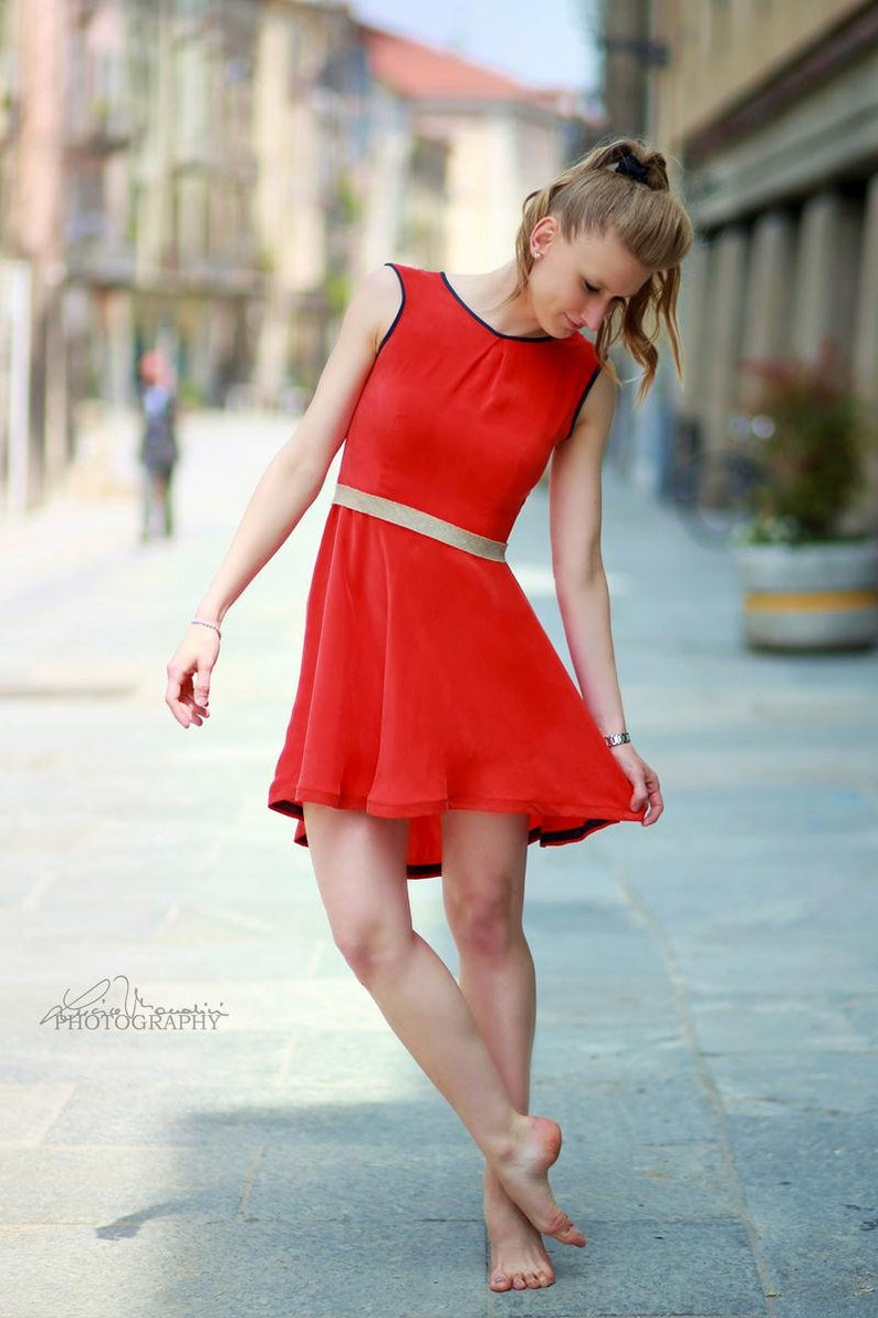 753e537ed696 Abito rosso corallo corto da cerimonia Vestito estate