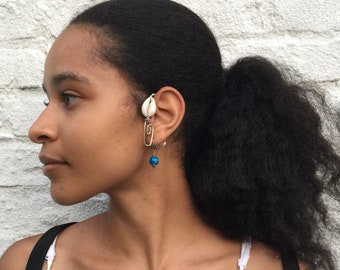 Josephine Baker Ear Flower from anonadejuana.com