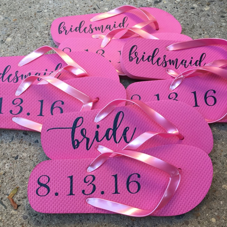e1f08e21cca1e6 Flip Flop Labels DIY Project Bridal Party Gift Bridesmaid