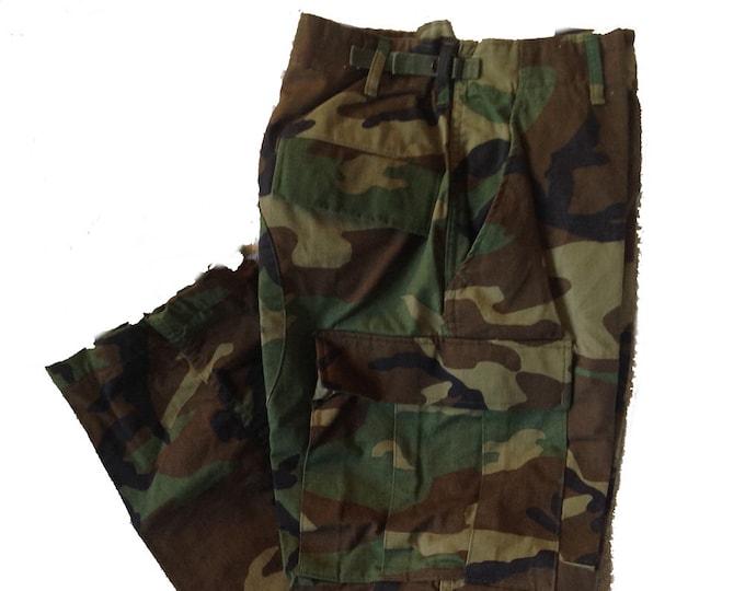 Authentic Medium Short Army BDU Pants Woodland Camo Pattern Winters