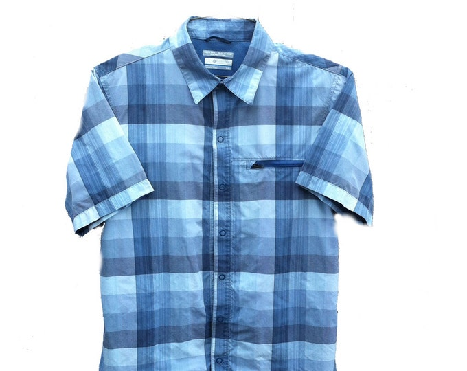 Columbia Sportswear Small Omni-shade Blue Short Sleeve Shirt
