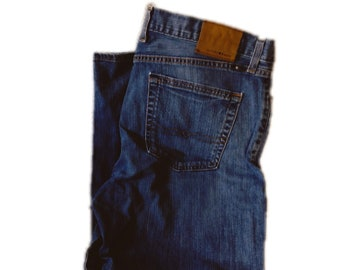 34Wx32L Lucky Brand 363 Vintage Straight Jeans