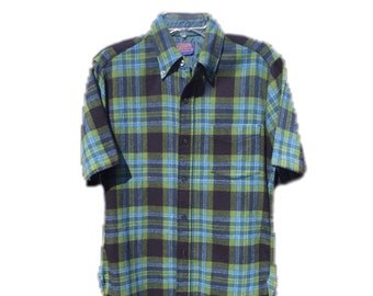 Men's Medium Pendleton Virgin Wool Shirt