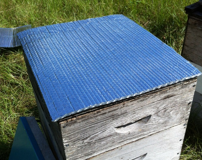 Insulating Ultimate Hive Top Cover Radiant Heat Barrier for Beekeeping