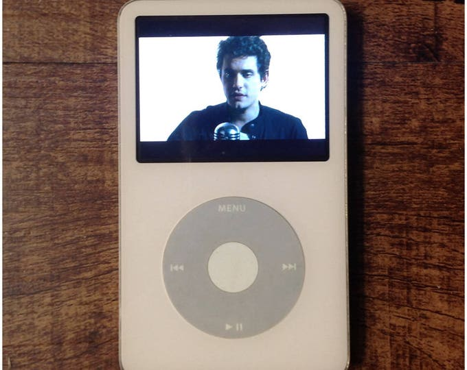 Ipod Classic 5th Generation A1136 30GB White