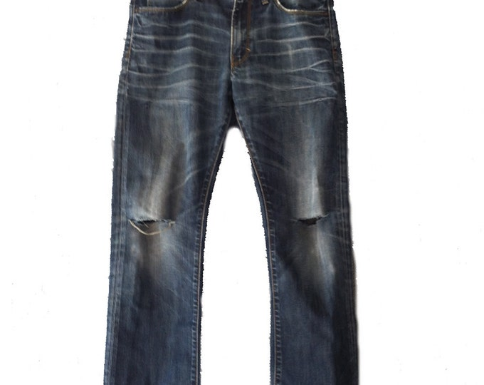 "31"" Waist x 30"" Length Gap 1969 Premium Straight Fit Limited Edition Destroy Wash Jeans"