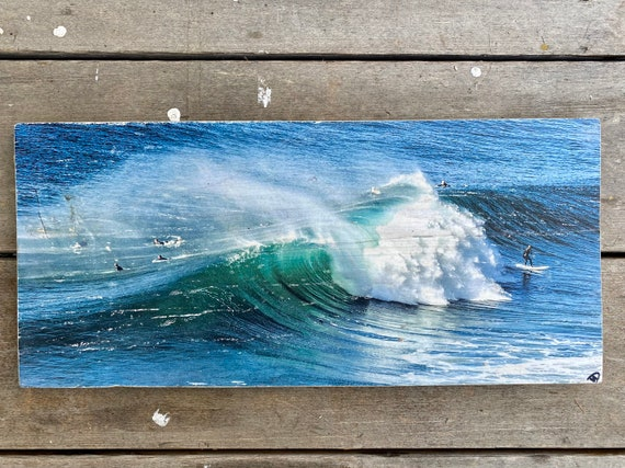 Surf Art: Offshore Wave