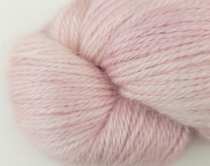 LUSH 'Light Rose'