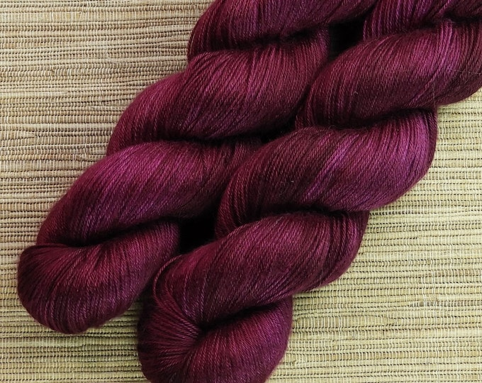 Hand dyed yarn - 100g 100% Silk 4 ply/ fingering weight in 'Sangria' - With free cowl pattern