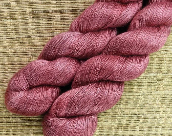 Hand dyed yarn - 100g Silk/Merino fingering weight (4 ply)  in 'Rose' - With free cowl pattern