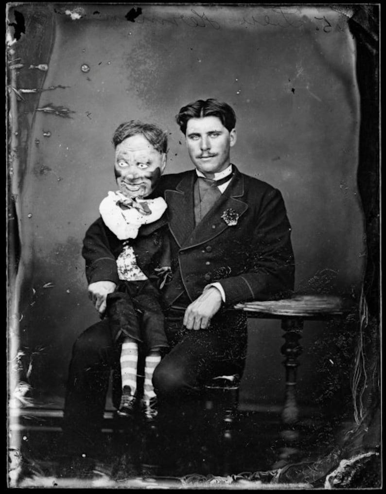 CREEPY CRAZY FREAKY STRANGE SPOOKY BIZARRE Kids Skull Horror WEIRD VINTAGE PIC