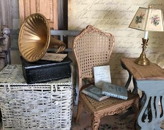 Miniature Victrola, Dollhouse Gramophone, Miniature Gramophone