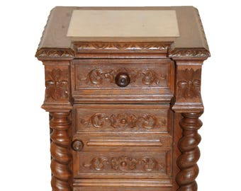 Attractive Antique French Hunt Nightstand with Barley Twist #8129