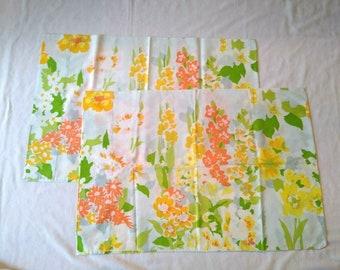 VTG MEADOWBROOK Aqua//Gold Floral 2 Pillowcases Irregulars Old Stock Mid Century