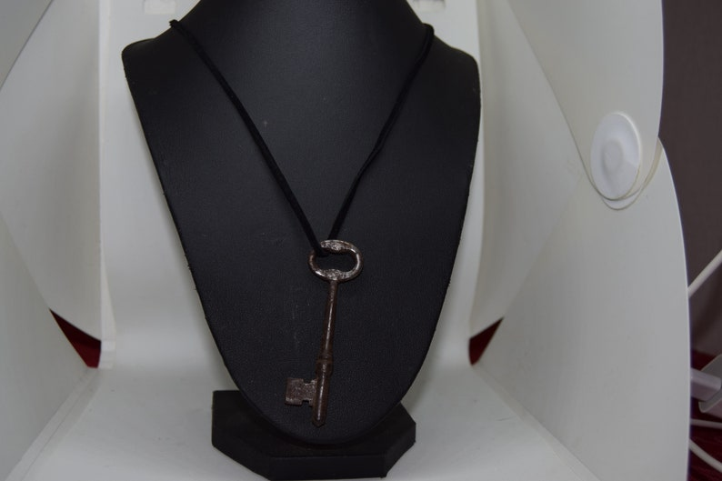 Antique Skeleton Key Necklace 24 inch leather cord image 0