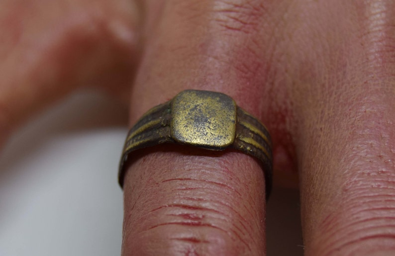 17th Century Signet ring.     Worn face   Banded sides   Size image 0