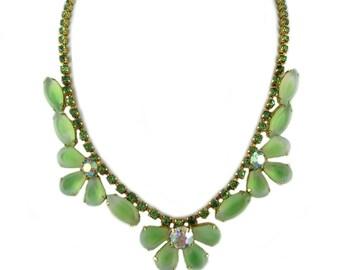 Vintage Green Flower Necklace