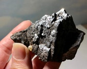 Magnetite Specimen! 234g Magnetite with multiple Tetrahedron Layers! Magnetic Magnetite from Utah! USA Collector Stone