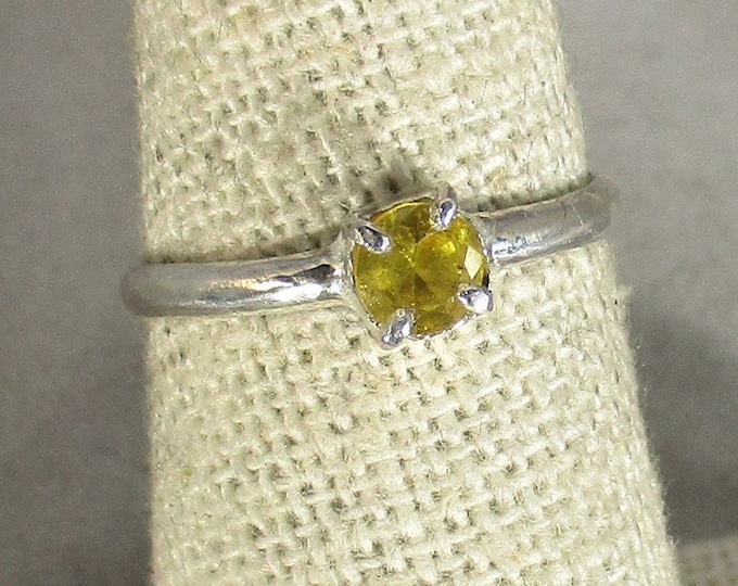 genuine yellow sapphire gemstone handmade sterling silver solitare ring size 6 1/2