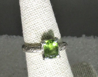 genuine peridot gemstone handmade sterling silver statement ring size 6 1/2