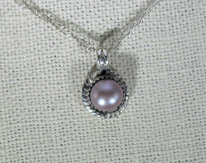 genuine freshwater cultured lavender pearl handmade sterling silver pendant necklace