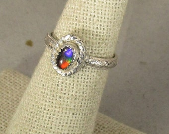 genuine Canadian tri color ammolite gemstone handmade sterling silver solitare ring size 6
