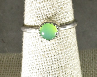 genuine Austrailian chrysoprase gemstone handmade sterling silver stacking ring  size 7 1.2