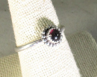 genuine Mozambique garnet cabachon handmade sterling silver stacking ring size 10