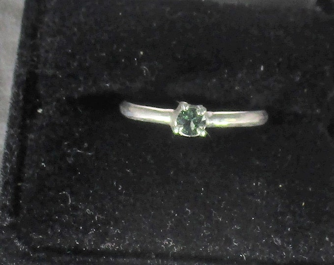 genuine green sapphire handmade sterling silver sapphire ring size 9