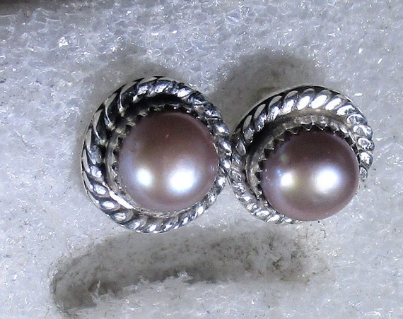 genuine freshwater cultured lavender pearls handmade sterling silver post stud earrings