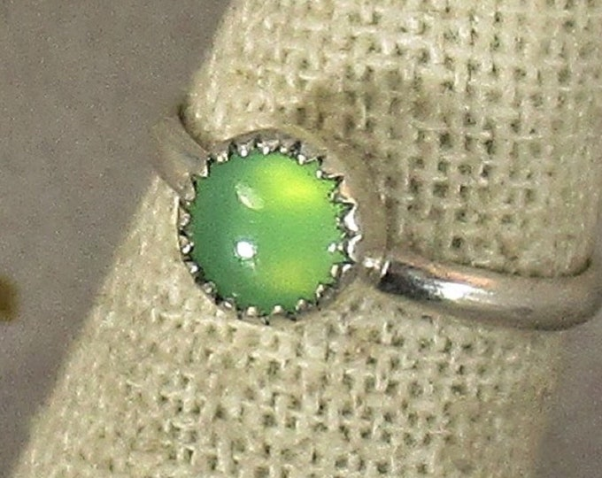 genuine chrysoprase gemstone handmade sterling silver stacking ring size 5