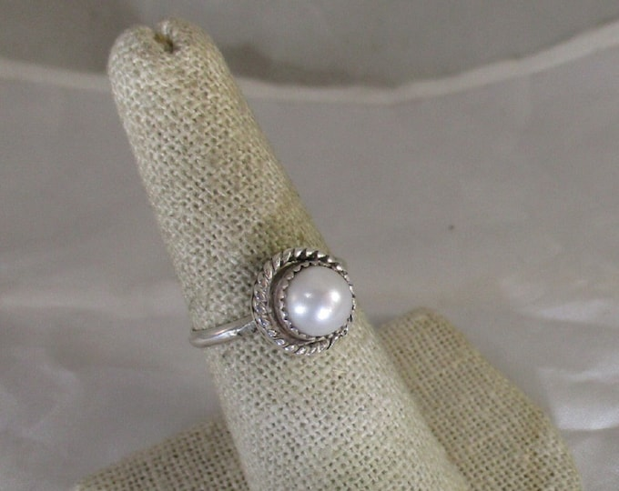 genuine freshwater cultured pearl handmade sterling silver ring size 7 1/2