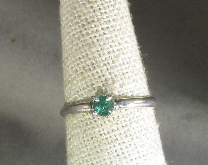 genuine Columbian emerald handmade sterling silver solitaire ring size 6