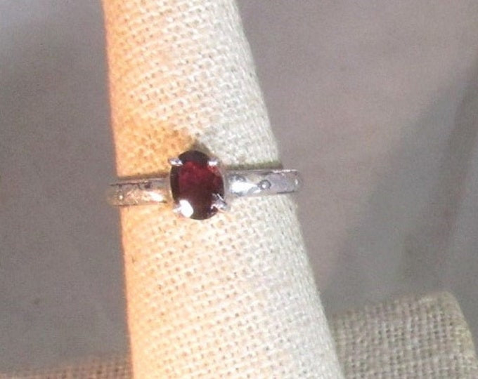 genuine red garnet handmade sterling silver solitaire ring size 7