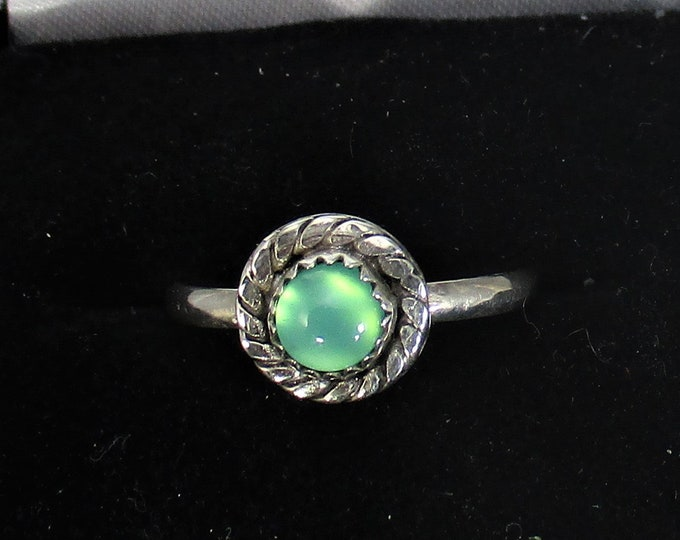 genuine chrysoprase gemstone handmade sterling silver stacking statment ring size 7