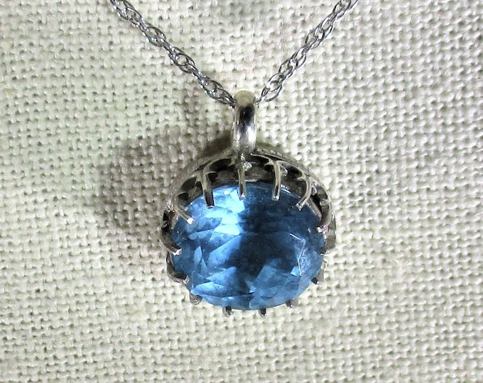 genuine Swiss blue topaz gemstone handmade sterling silver pendant necklace