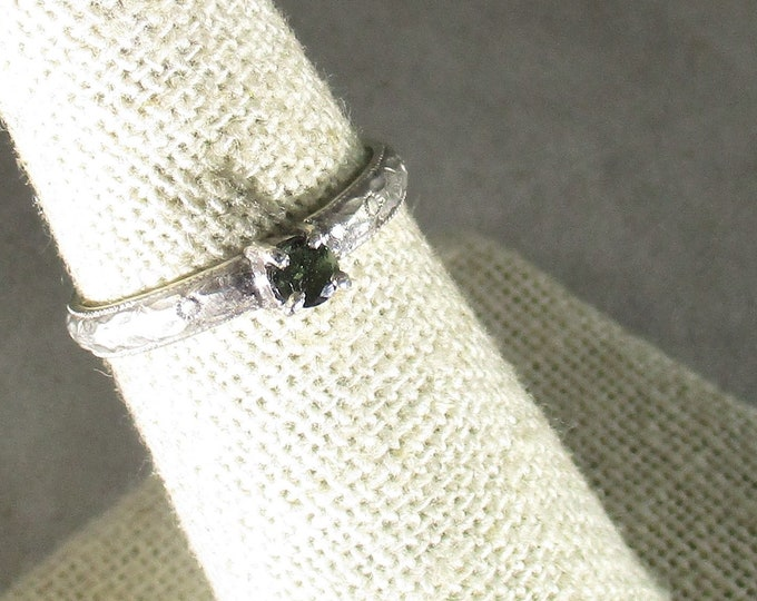 Alexandrite gemstone handmade sterling silver solitaire ring size 7