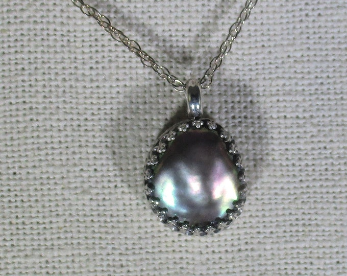 genuine Tahitian mabe pearl handmade sterling silver pendant necklace