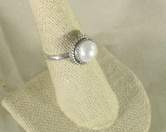 genuine freshwater cultured pearl handmade sterling silver solitaire ring size 7 1/2