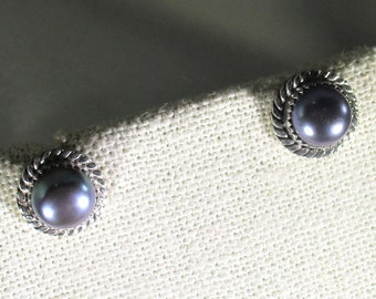 genuine freshwater black cultured pearl handmade sterling silver stud earrings