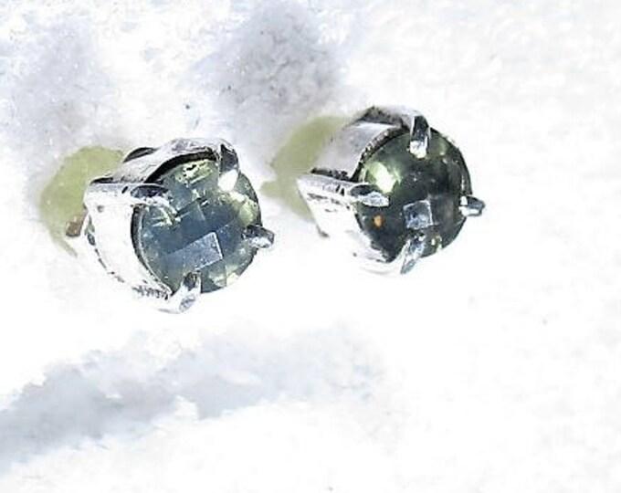 5mm green amethyst gemstone handmade sterling silver stud earrings by Kelnjo