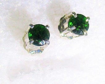 Genuine Russian Chrome Diopside handmade sterling silver stud earrings by Kelnjo