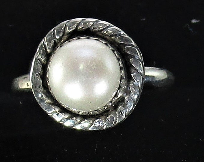 genuine freshwater cultured pearl handmade sterling silver statement ring size 6 1/4